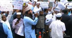 Video: Muslims in Tokyo Mark The Beginning of The Islamization of Japan
